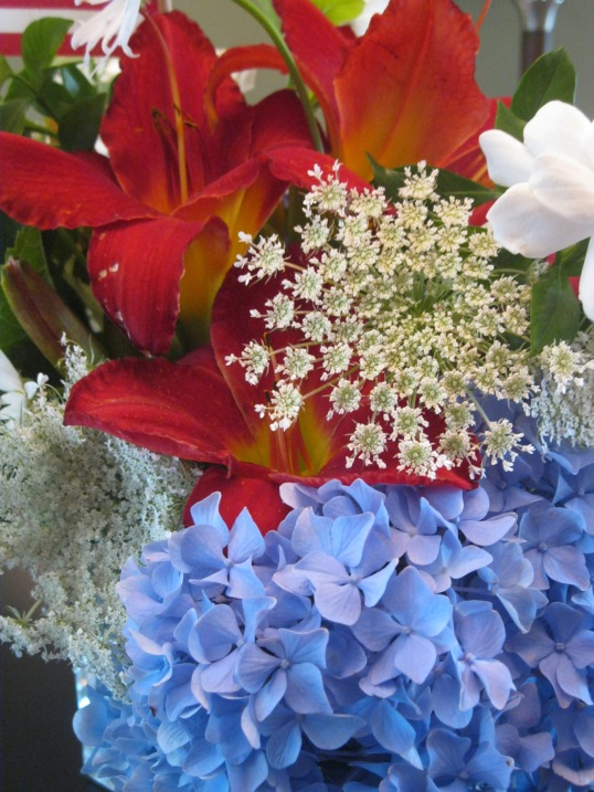 georgia & daughter: July 4th Bouquet