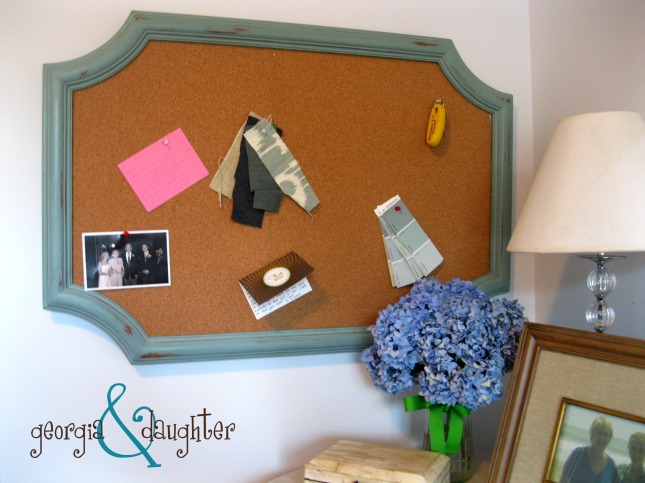 georgia & daughter: DIY Scallop Edge Bulletin Board