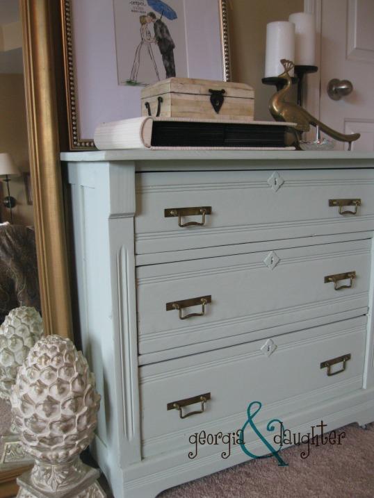 georgia & daughter: A Beautiful but Flawed Dresser