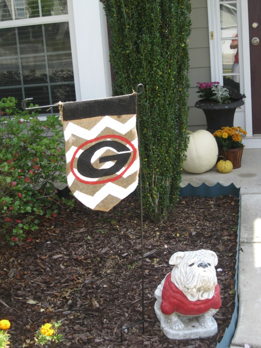 georgia & daughter: UGA Bulldogs Burlap Flag