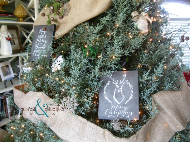 georgia & daughter: Christmas Chalkboard Canvas