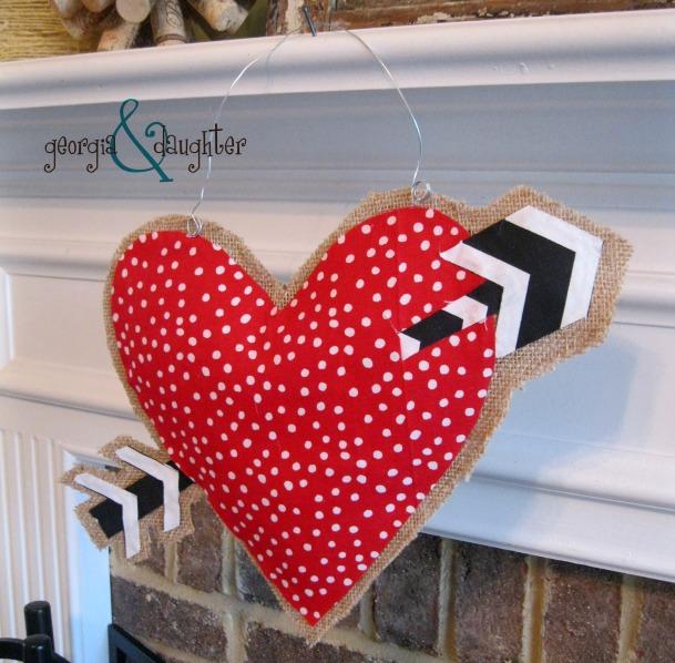 georgia & daughter: DIY Burlap Heart Door Hanger