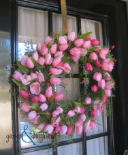 georgia & daughter: Super Simple Spring Tulip Wreath