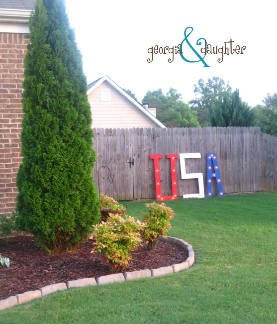 georgia & daughter: DIY Marquee Light for July 4th