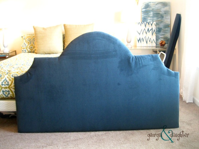 georgia & daughter: DIY Upholstered Headboard